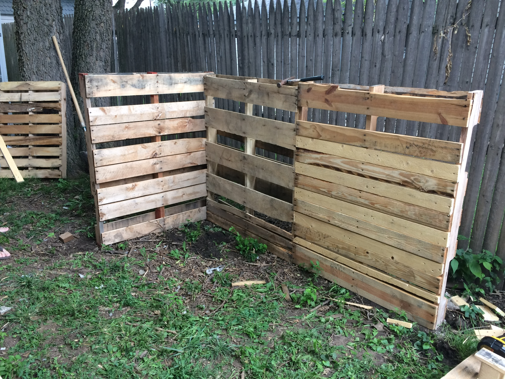 start a pallet composting bin for free the way homestead