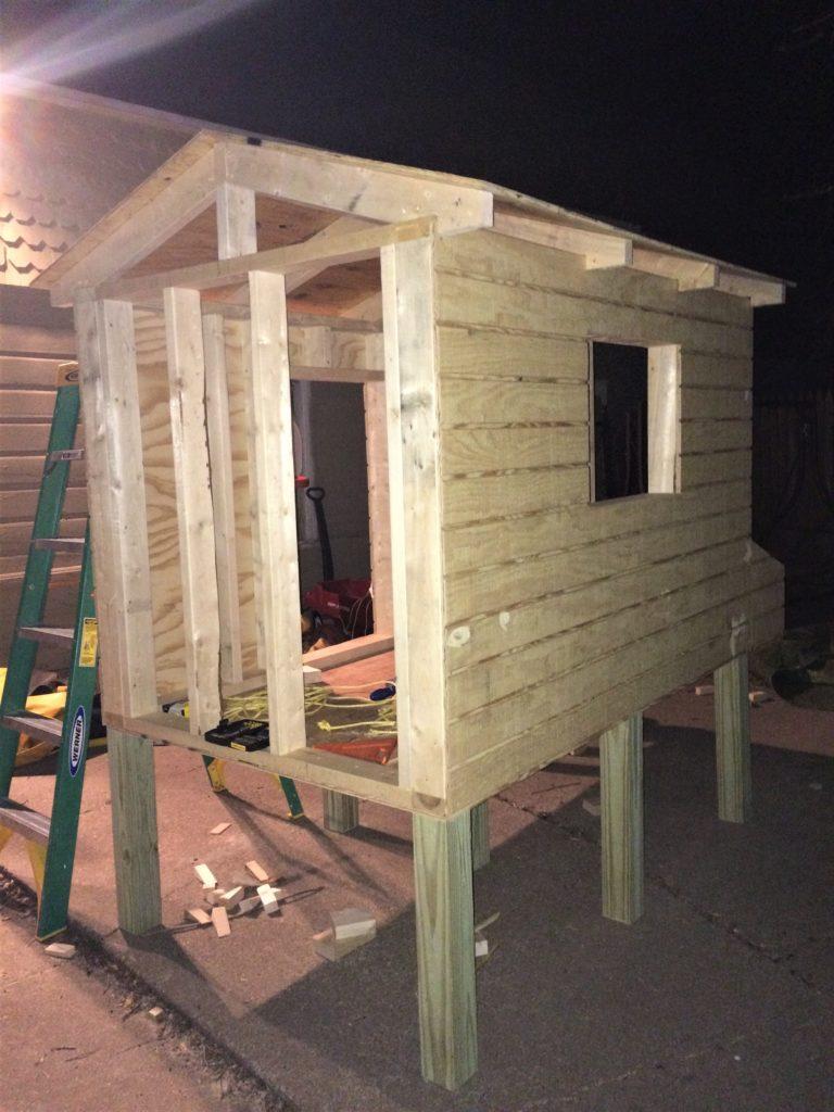 Build your own chicken coop roof