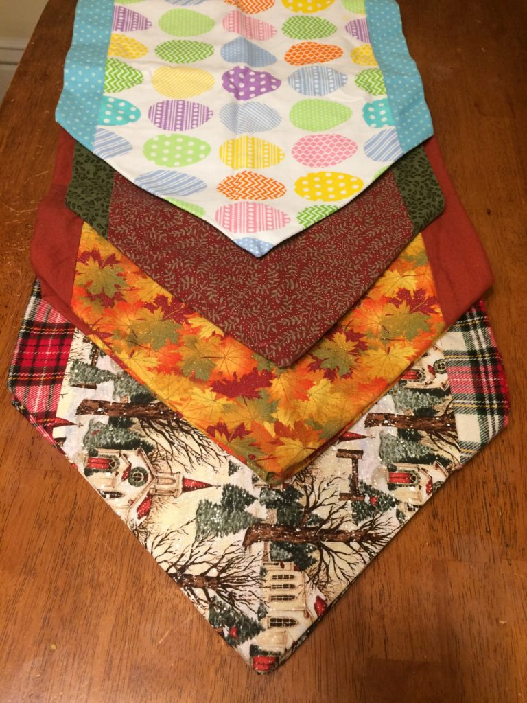 Easy table runners